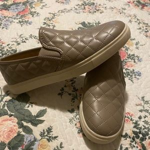 Brash - taupe quilted slip on sneakers